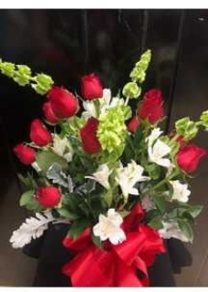 Dozen Roses with mixed flowers