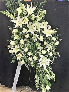 Wreath with All White Flowers